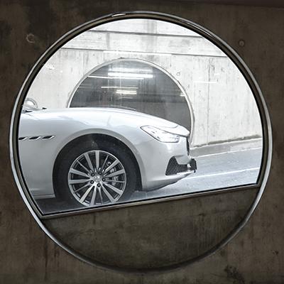Maserati Ghibli 4q
